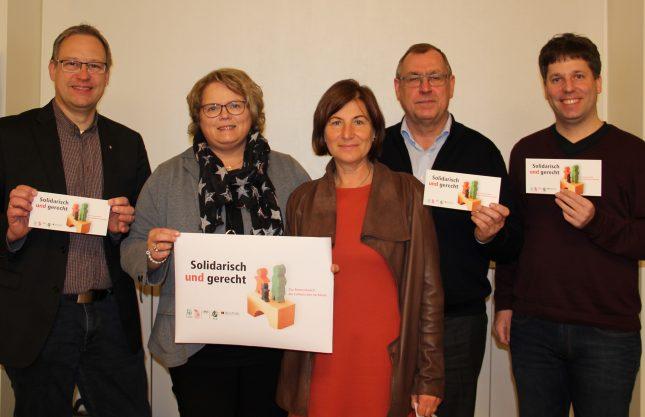 260.000 Postkarten an Abgeordnete für Rentenreform